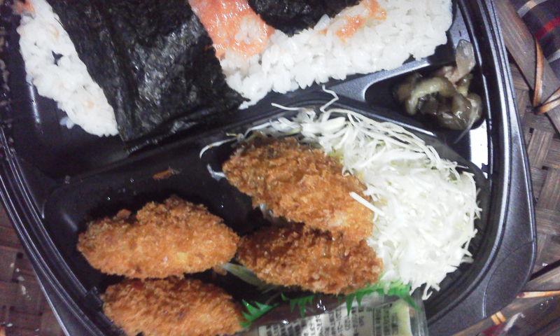 オリジン弁当:牡蠣フライ明太子弁当390円